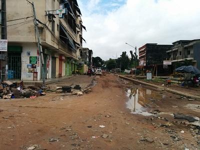 Palmeraie , la rue ministre entièrement détruite crédit Zak Le Messager