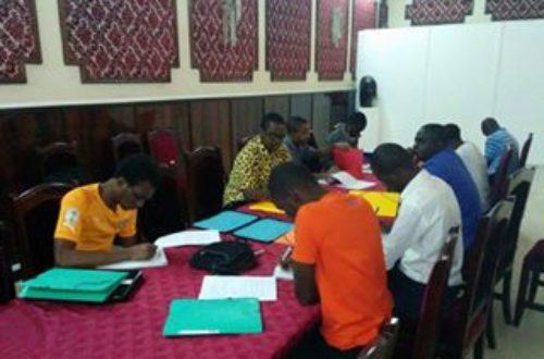 Article : Abidjan : l'Association des Mondoblogueurs Ivoiriens forme les blogueurs et journalistes au blogging parlementaire